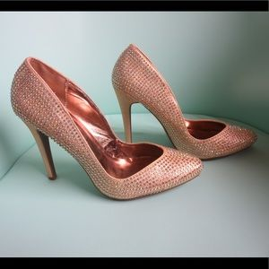 Kiss & Tell Shoes - Kiss & Tell Gold Studded Heels Size: 7